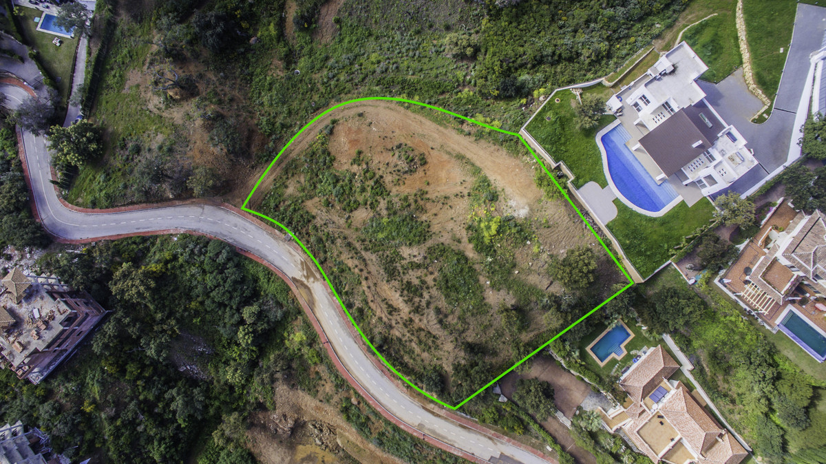 Big 3719m2 elevated plot with paid building license for sale in La Mairena, Marbella, 7 minutes from, Spain