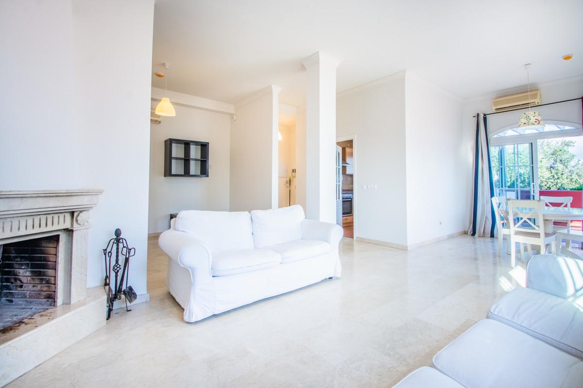 Apartamento en Venta en La Mairena – R3419743