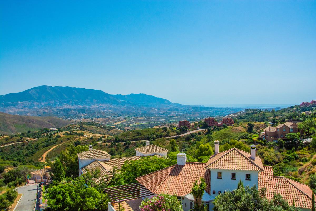 Villa – Chalet en Venta en La Mairena – R2736815