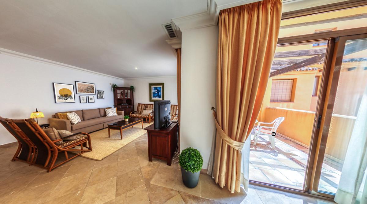 Middle Floor Apartment in Cancelada R2309951