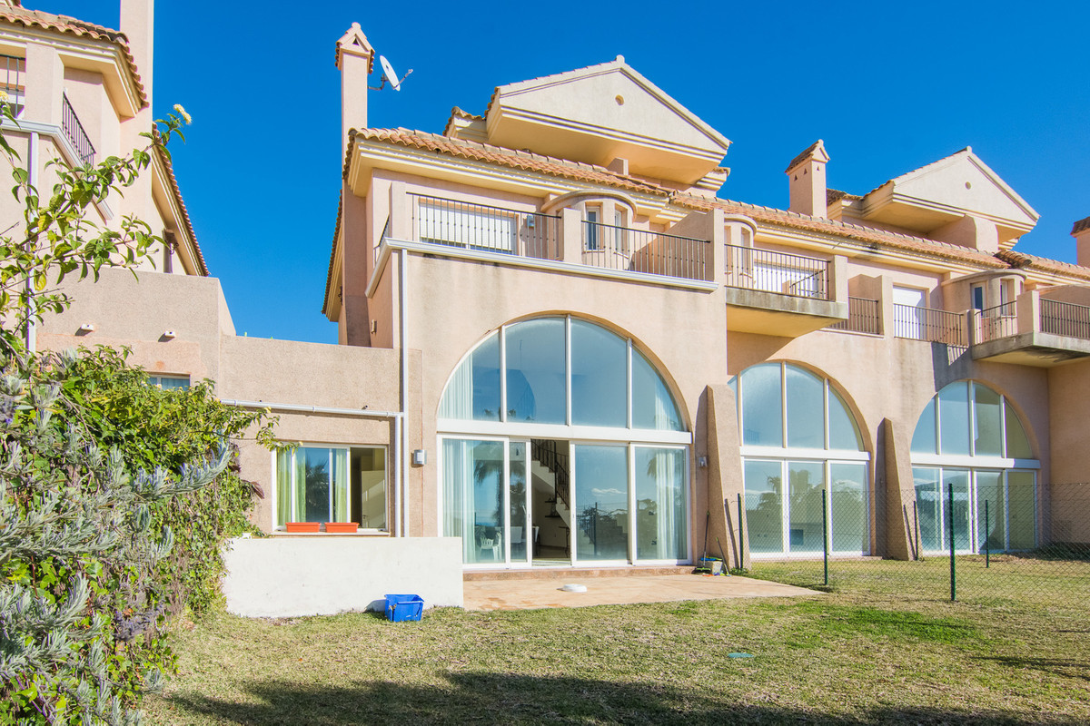 Rented at 1500 per month for 1 year.  Townhouse, La Alcaidesa, Costa del Sol. 5 Bedrooms, 4 Bathroom,Spain