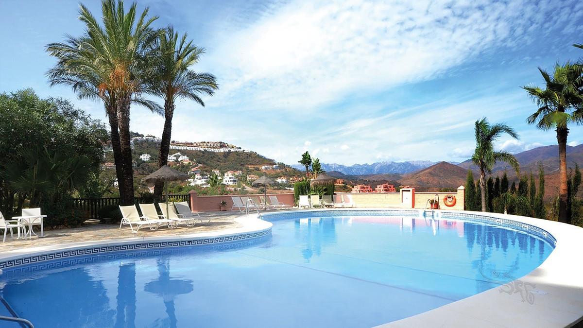 Apartamento Planta Baja en Venta en La Mairena – R3430657