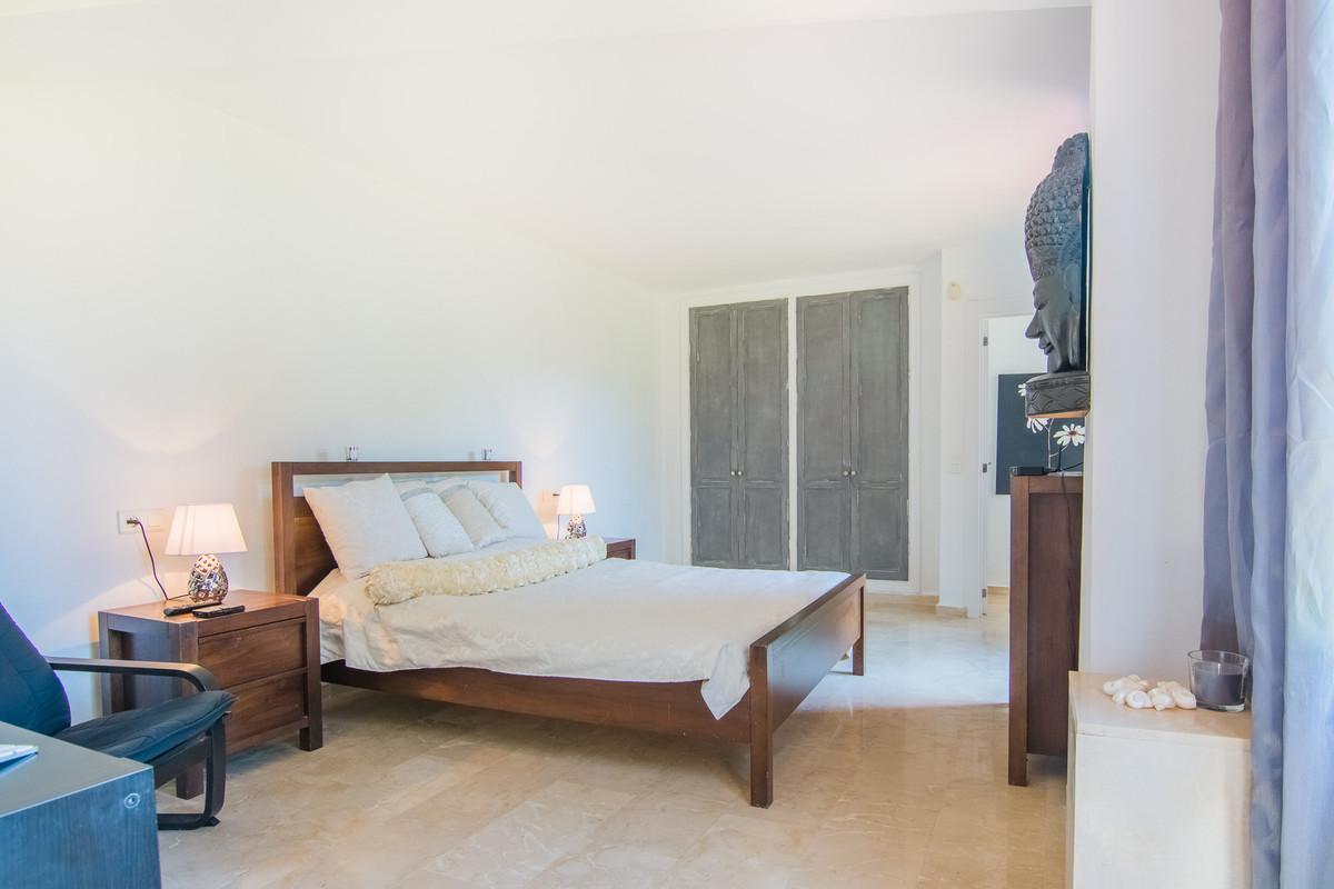 Apartamento Planta Baja en Venta en La Mairena – R3207268