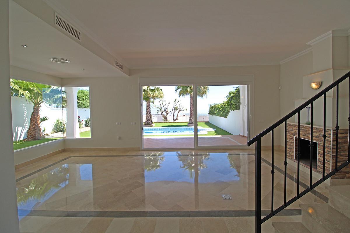 Villa te koop in La Mairena R3423457
