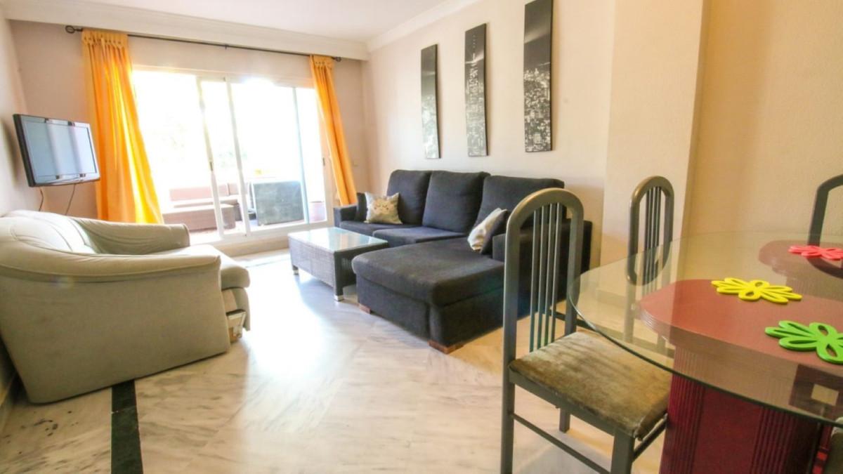 Apartamento  Planta Media en alquiler  en Nueva Andalucía
