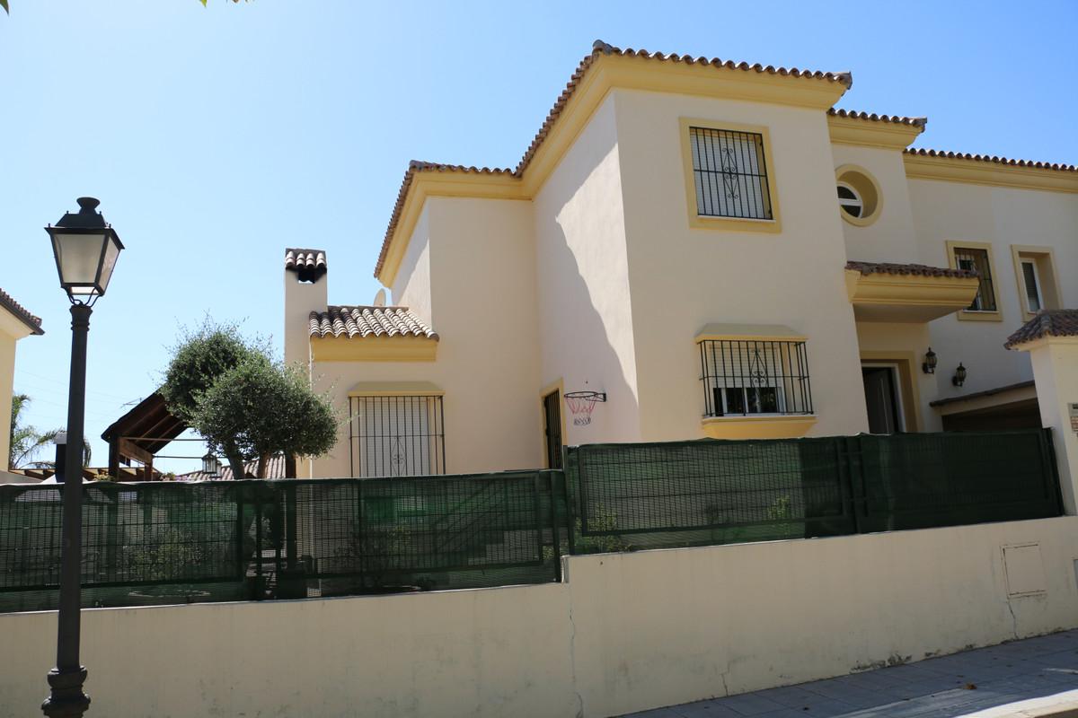 Townhouse - El Rosario