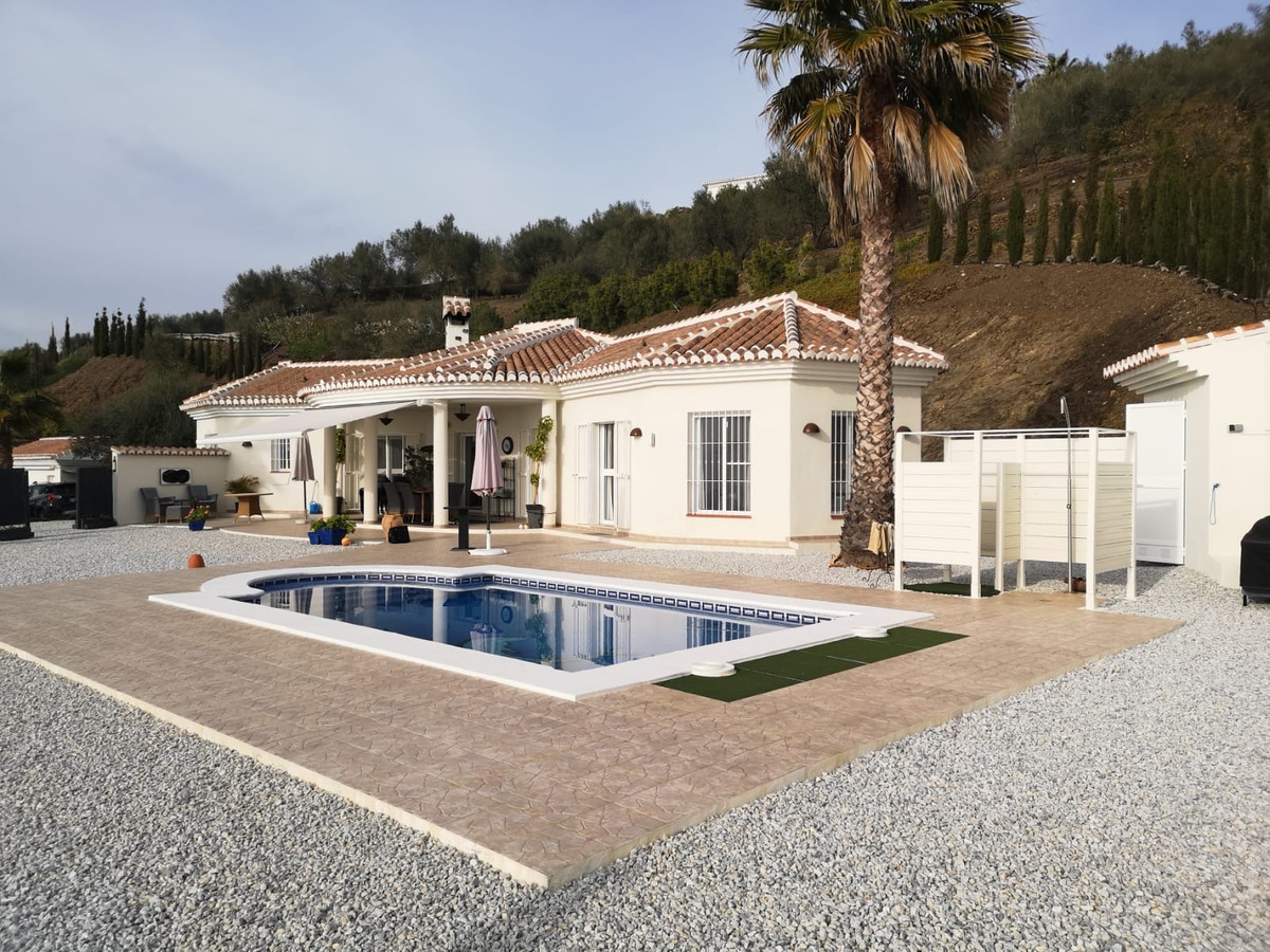 This fantastic Scandinavian-style villa is located in the Velex - Malaga area.  The house is 20min. , Spain