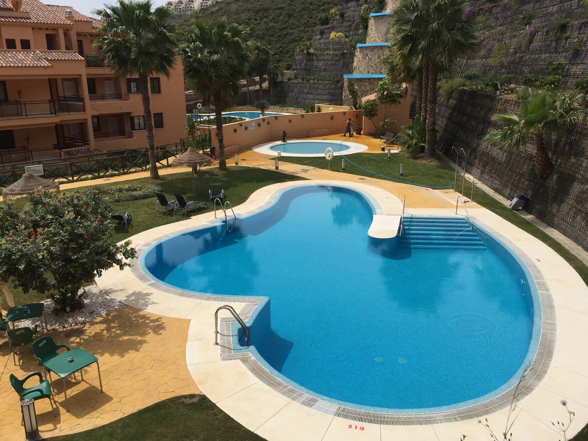 CALANOVA SEA GOLF - A PERFECT HOLIDAY APARTMENT FOR YOU OR FOR RENTAL!  An extremely cosy apartment , Spain