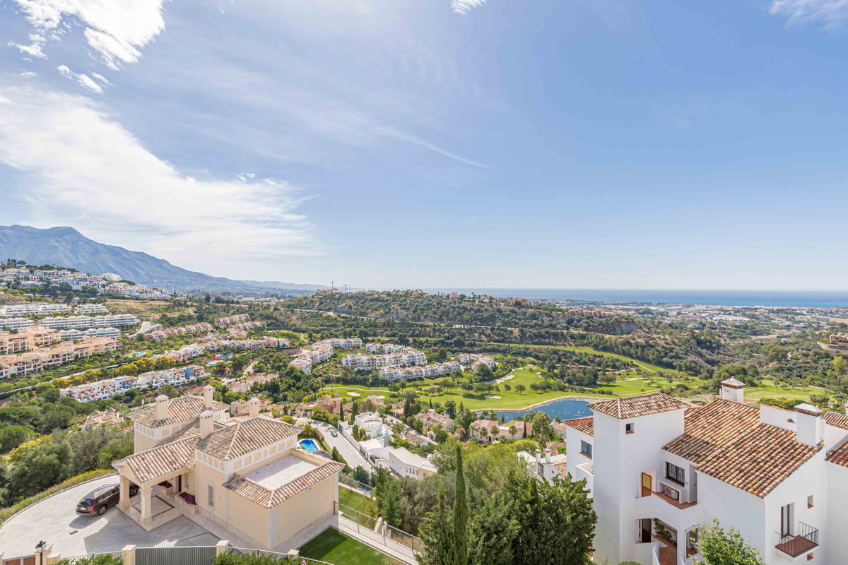 Some of the best views you can find on the Costa del Sol are on offer here from this apartment!  Thi, Spain