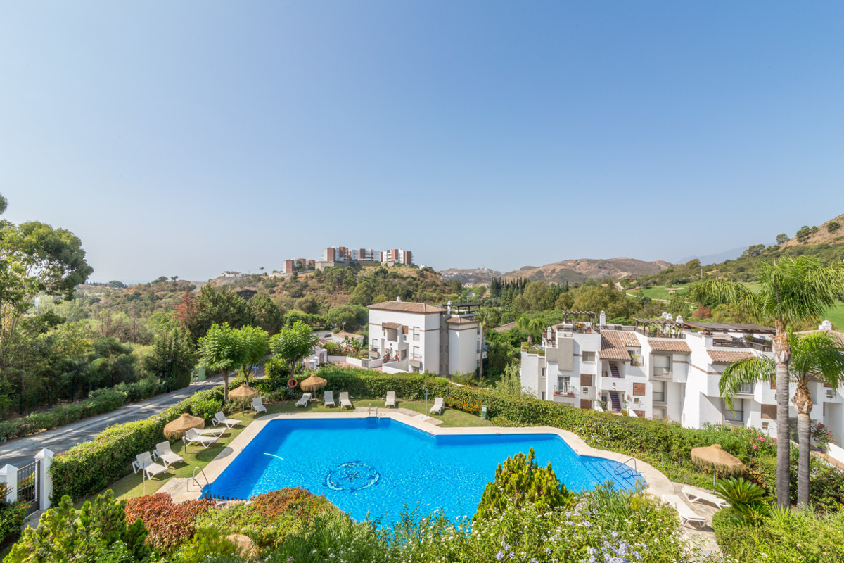 Apartment for sale in Los Arqueros - Benahavis Apartment - TMRO-R3250903