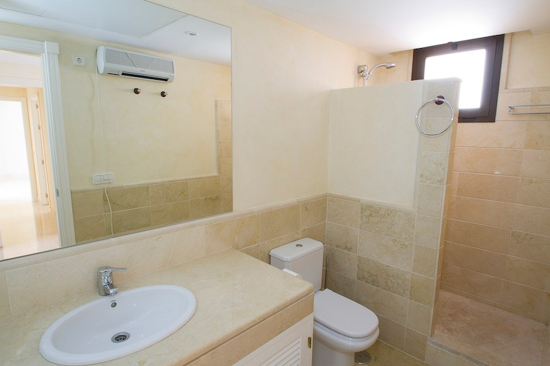 Apartment in Los Arqueros R2001738 12