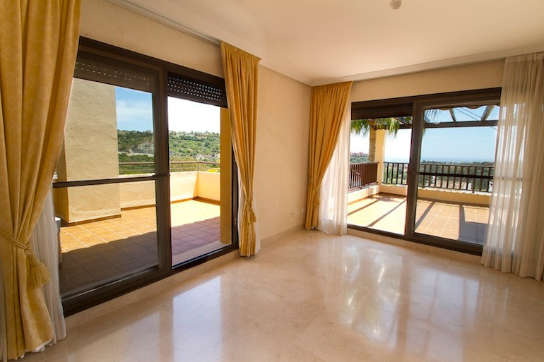 Apartment in Los Arqueros R2001738 3