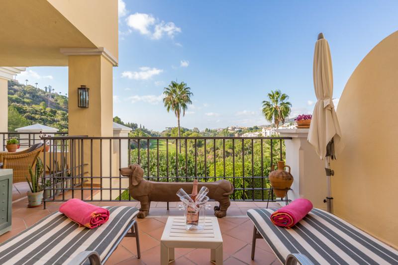 Apartamento Planta Media en venta en Los Arqueros – R3510868