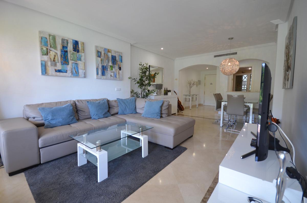 Marbella Banus Apartamento Planta Baja en Venta en Los Arqueros – R3710126