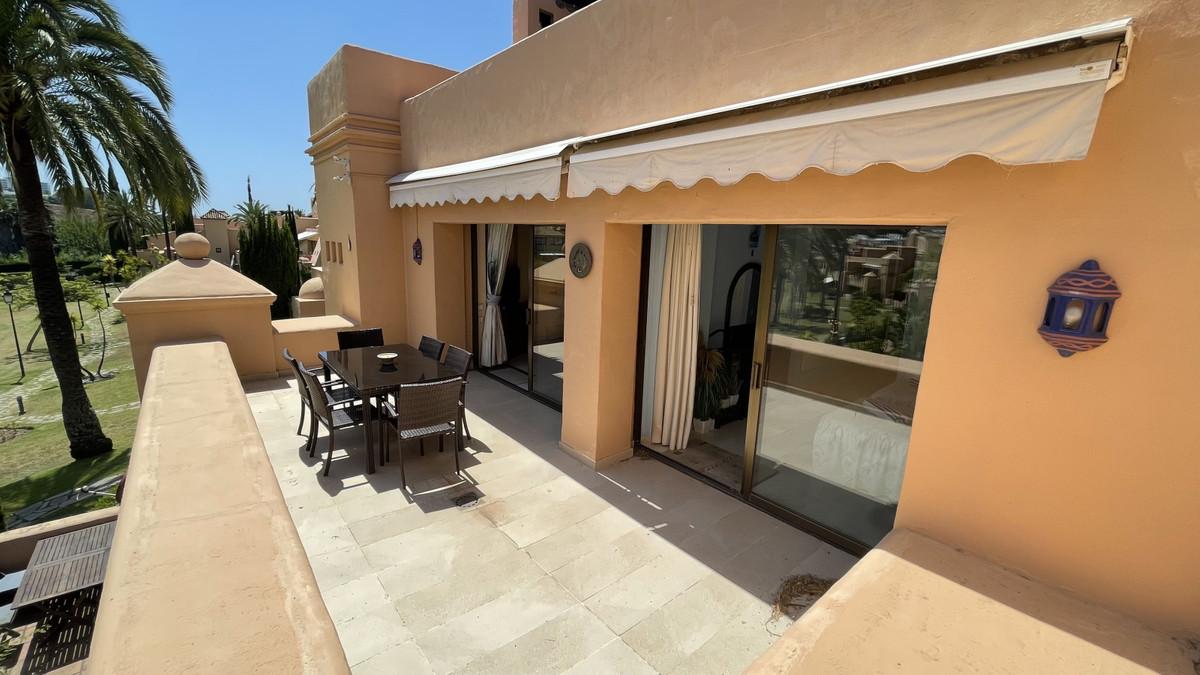 Marbella Banus Ático en Venta en Atalaya – R3743734