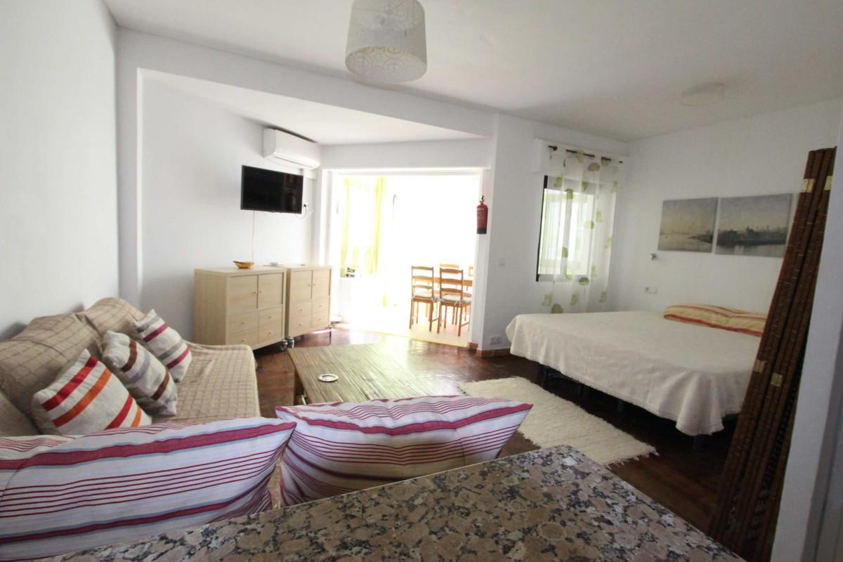 Marbella Banus Apartamento en Venta en Marbella – R3521092