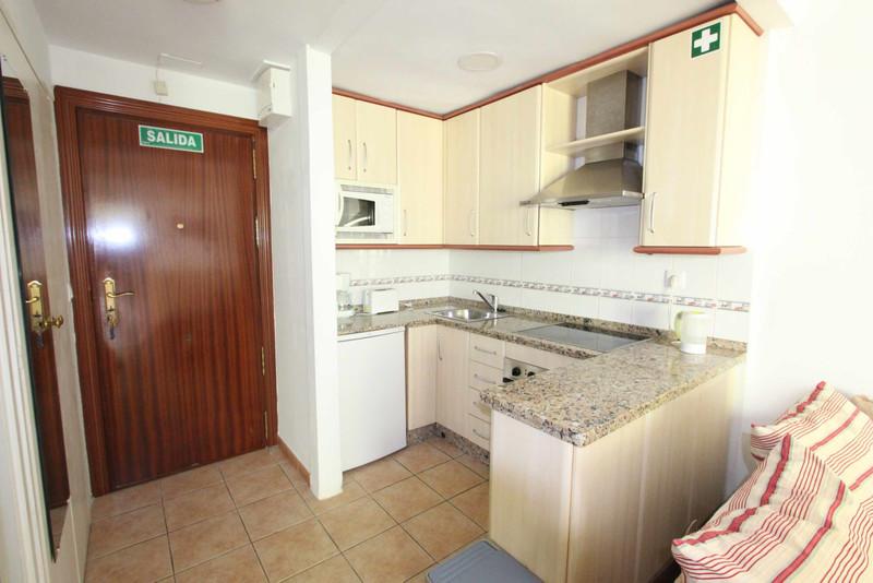 Apartamento Planta Media en venta en Marbella – R3521092