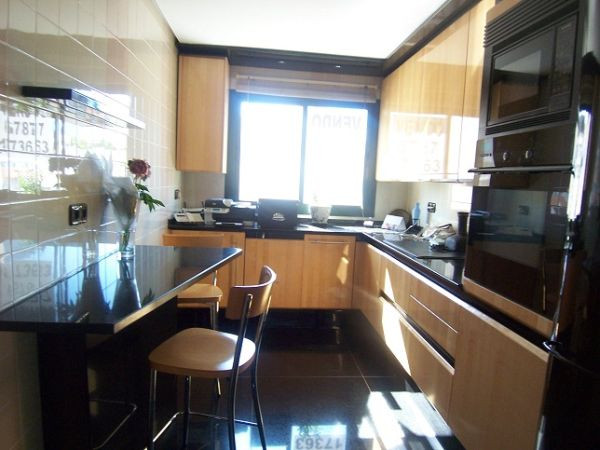 Apartamento Planta Media en venta en Marbella – R824090