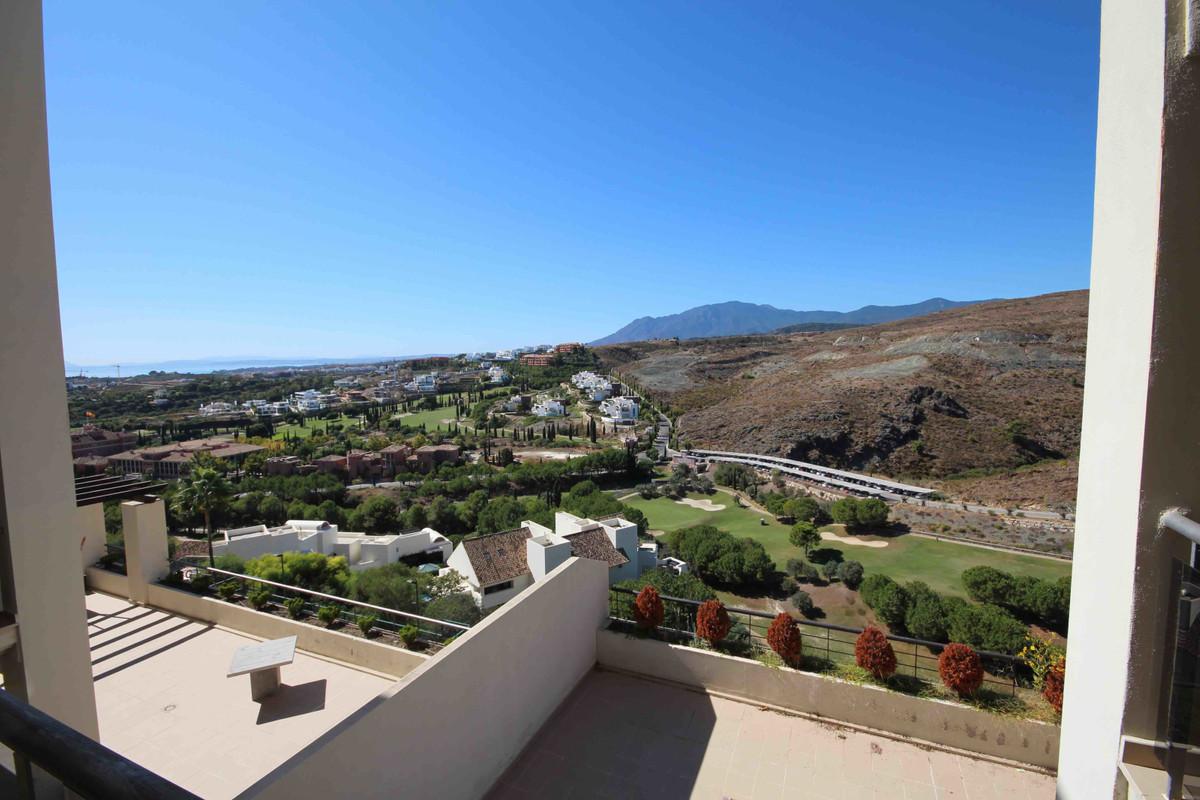 Marbella Banus Apartamento Planta Media en Venta en Benahavís – R3528754