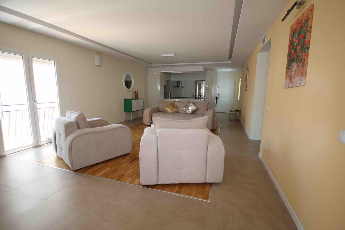 Apartamento en Venta en Puerto Banús – R3203890