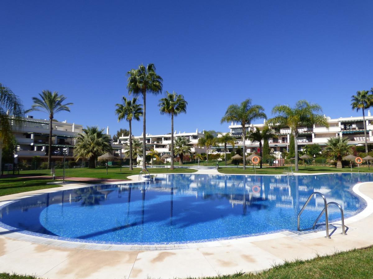 Marbella Banus Apartamento en Planta Última en Venta en Puerto Banús – R3745543
