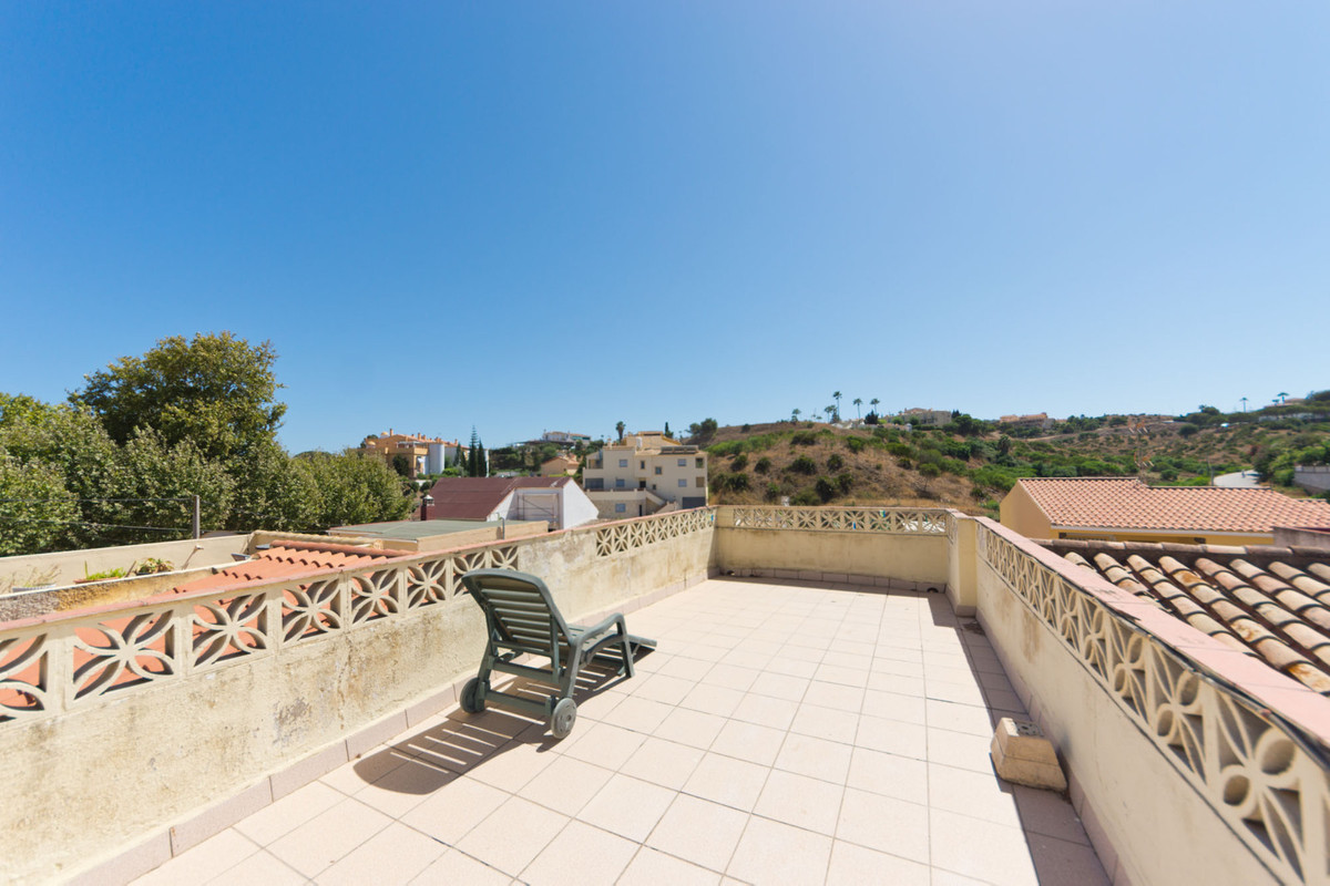2 bed Townhouse for sale in Mijas Costa