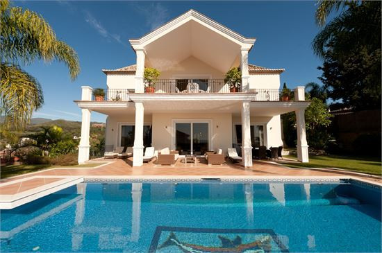 Exclusive listing!Spectacular, south facing, 5 bed, 5 bath villa with great sea and mountain views l, Spain