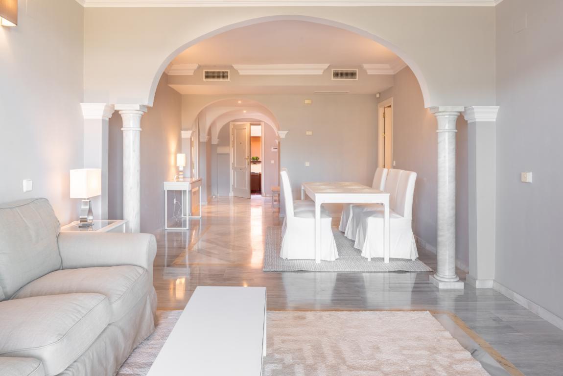 Apartment for sale in Nueva Andalucia - Nueva Andalucia Apartment - TMRO-R2905370