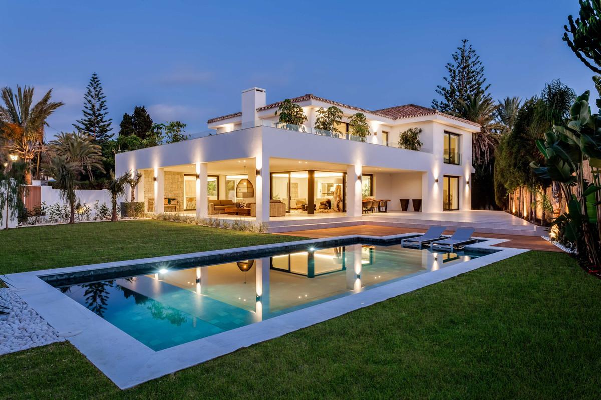 Villa for sale in Marbesa - Marbella East Villa - TMRO-R2945075