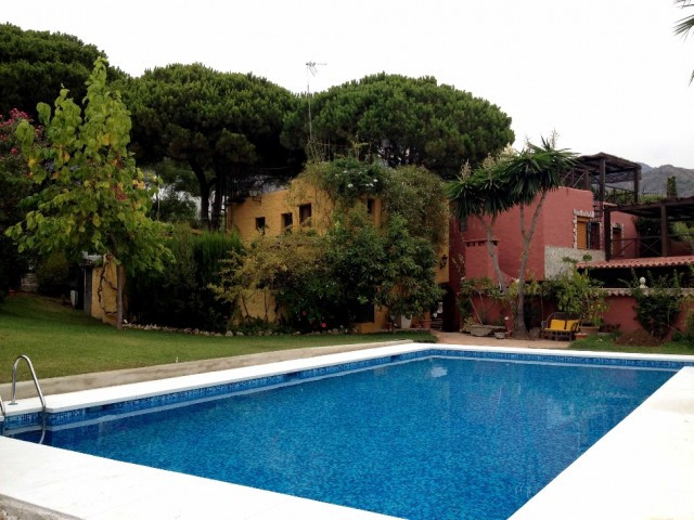 Town House for sale in Marbella - Marbella Town House - TMRO-R819277