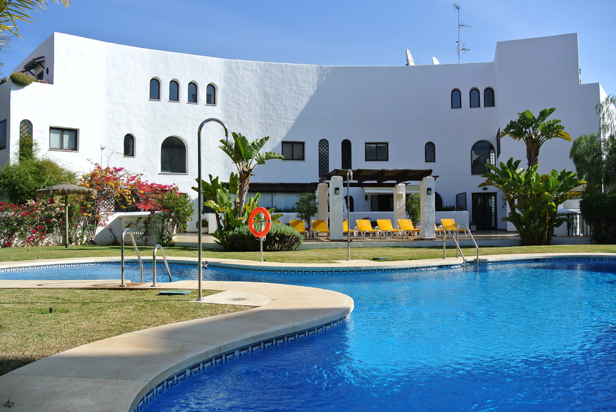 Apartment for sale in Marbella Golden Mile - Marbella Golden Mile Apartment - TMRO-R2791235