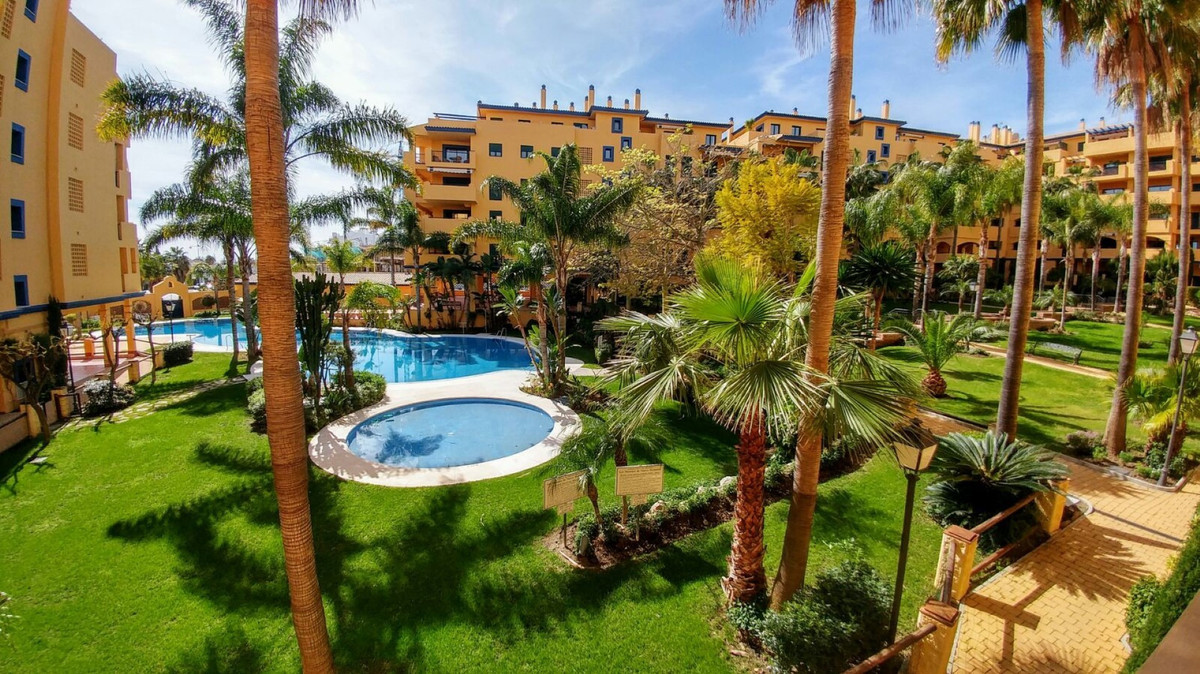 Ground Floor Apartment for sale in San Pedro de Alcantara - San Pedro de Alcantara Ground Floor Apartment - TMRO-R3103886