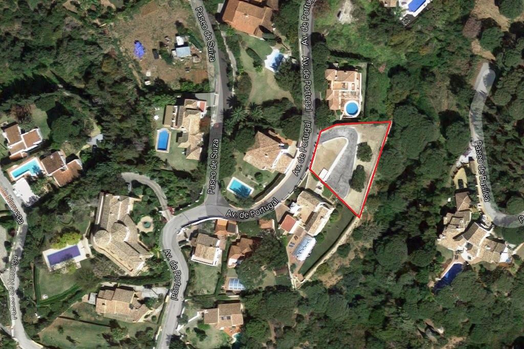 Residential Plot for sale in Elviria - Marbella East Residential Plot - TMRO-R3017825