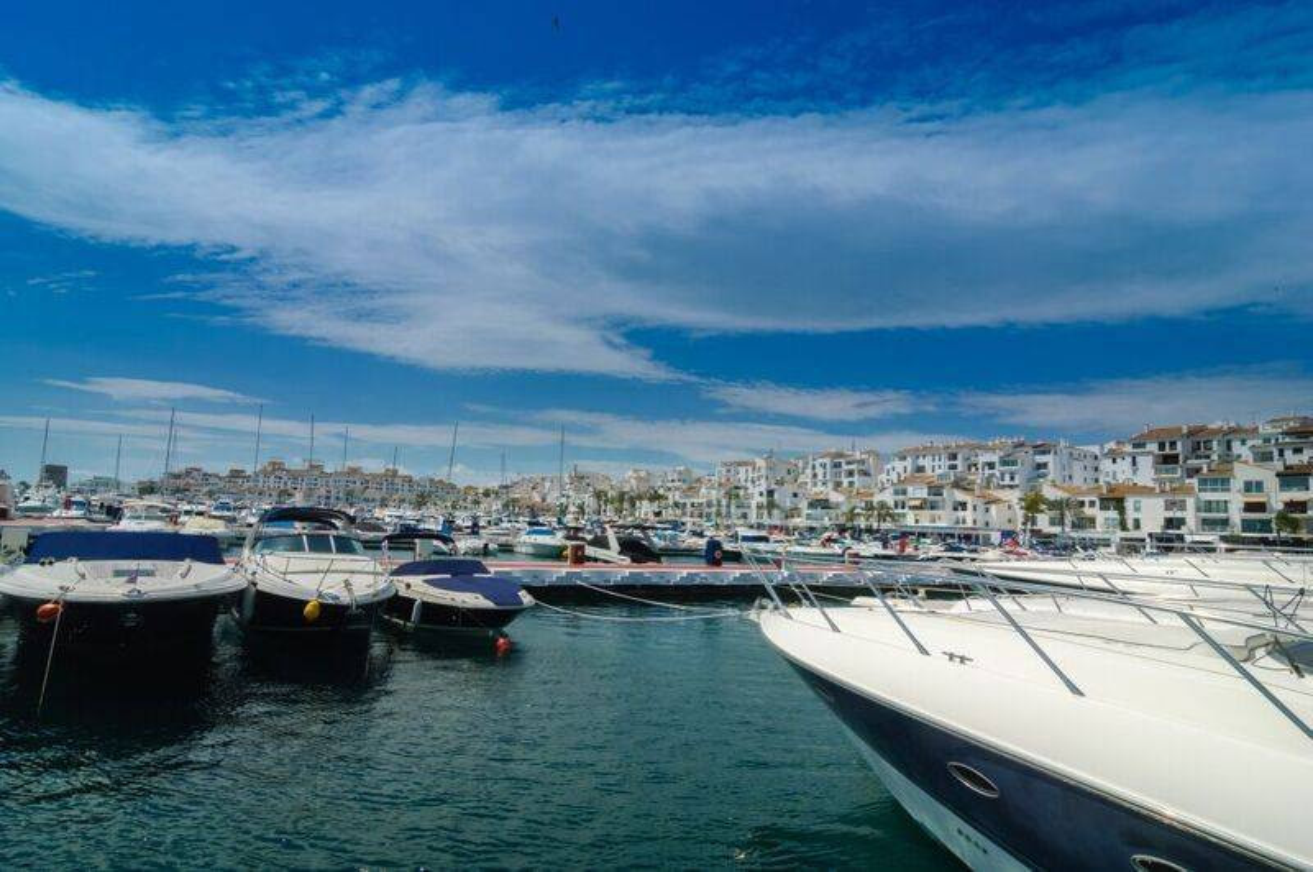 Apartment for sale in Marbella - Puerto Banus - Marbella - Puerto Banus Apartment - TMRO-R2891684