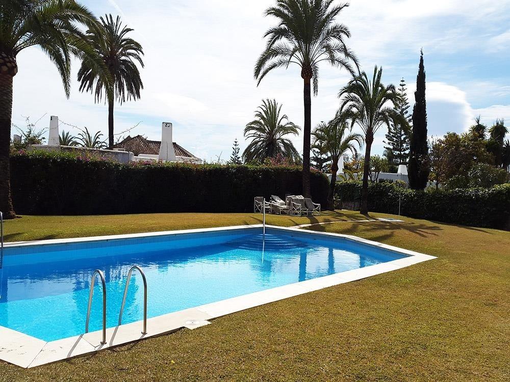 Villa for sale in Los Monteros - Marbella East Villa - TMRO-R3103091