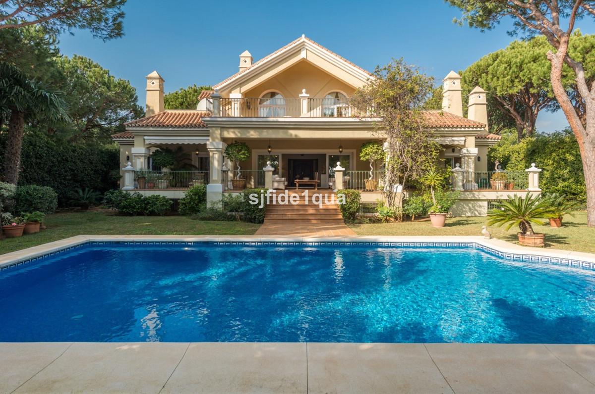 Villa for sale in Hacienda las Chapas - Marbella East Villa - TMRV0654