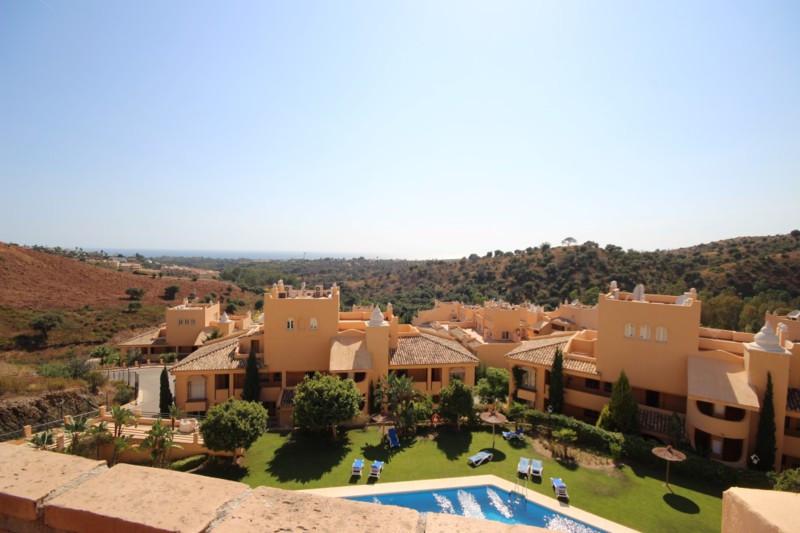 Apartment for sale in Elviria - Marbella East Apartment - TMRO-R111577