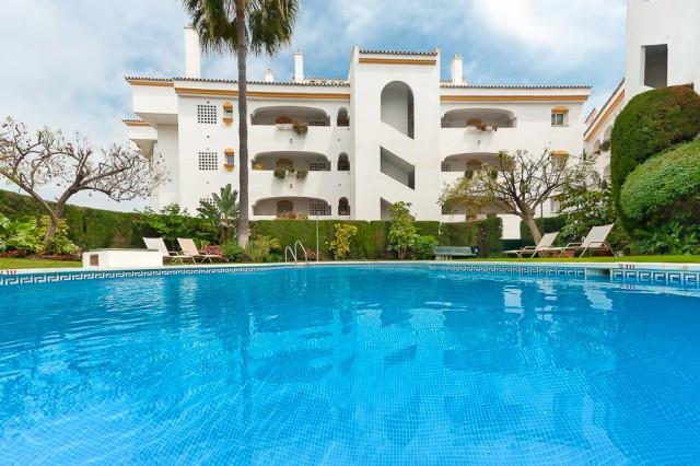Penthouse for sale in Guadalmina Baja - San Pedro de Alcantara Penthouse - TMRO-R2405186