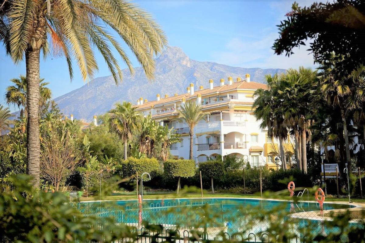 Apartment for sale in Marbella - Puerto Banus - Marbella - Puerto Banus Apartment - TMRO-R1929635