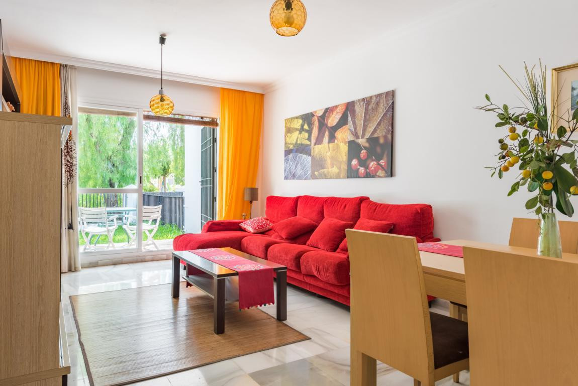 Ground Floor Apartment for sale in Nueva Andalucia