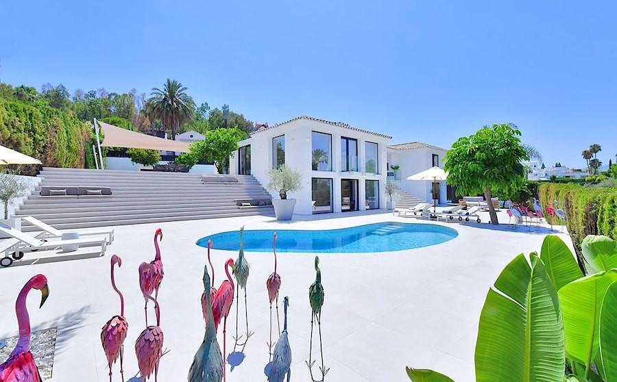 Villa for sale in Nueva Andalucia - Nueva Andalucia Villa - TMRO-R3103994