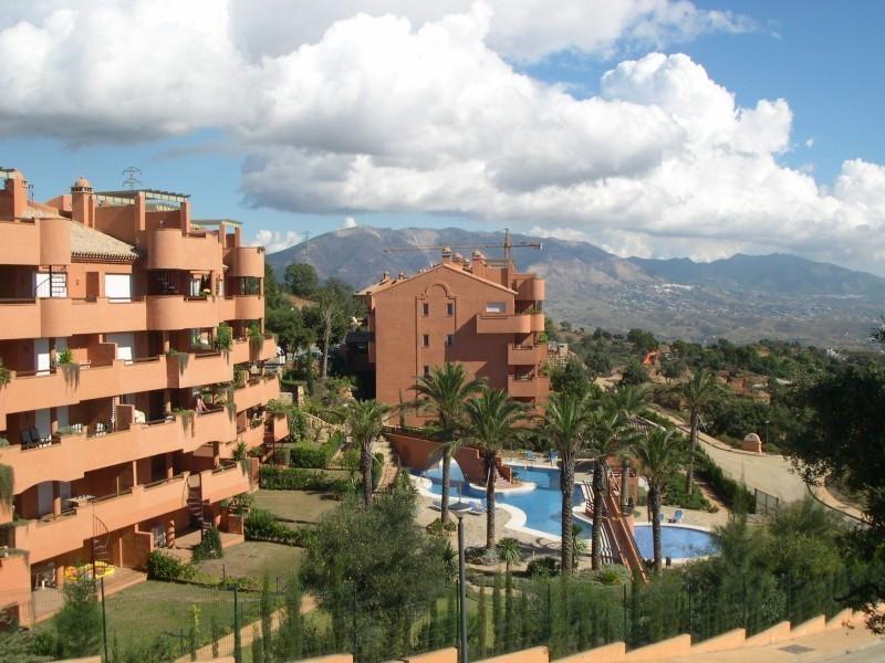 Apartment for sale in La Mairena - Marbella East Apartment - TMRO-R2737796