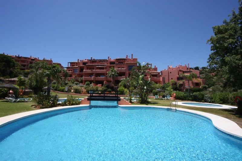 Apartment for sale in La Mairena - Marbella East Apartment - TMRO-R3104224
