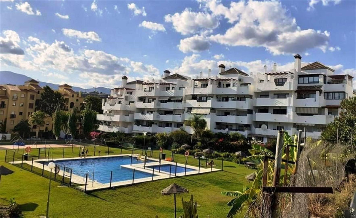 Perfect home for those who are looking for a popular zone, but want to live in a quiet urbanization.,Spain