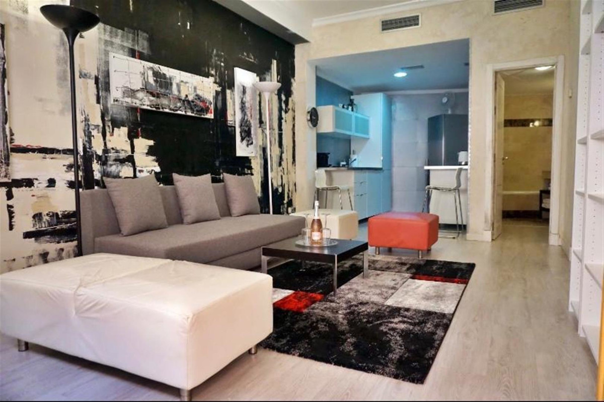 Beautiful apartment for rent in Royal Suites Marbella. Fully furnished apartment with 1 bedroom and ,Spain