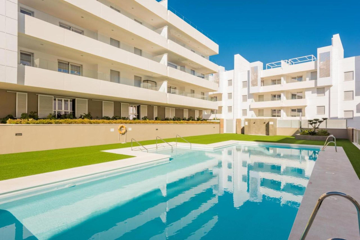 Luxury apartment in a new urbanization of 2018 in San Pedro near the beach. Apartment has 3 bedrooms,Spain