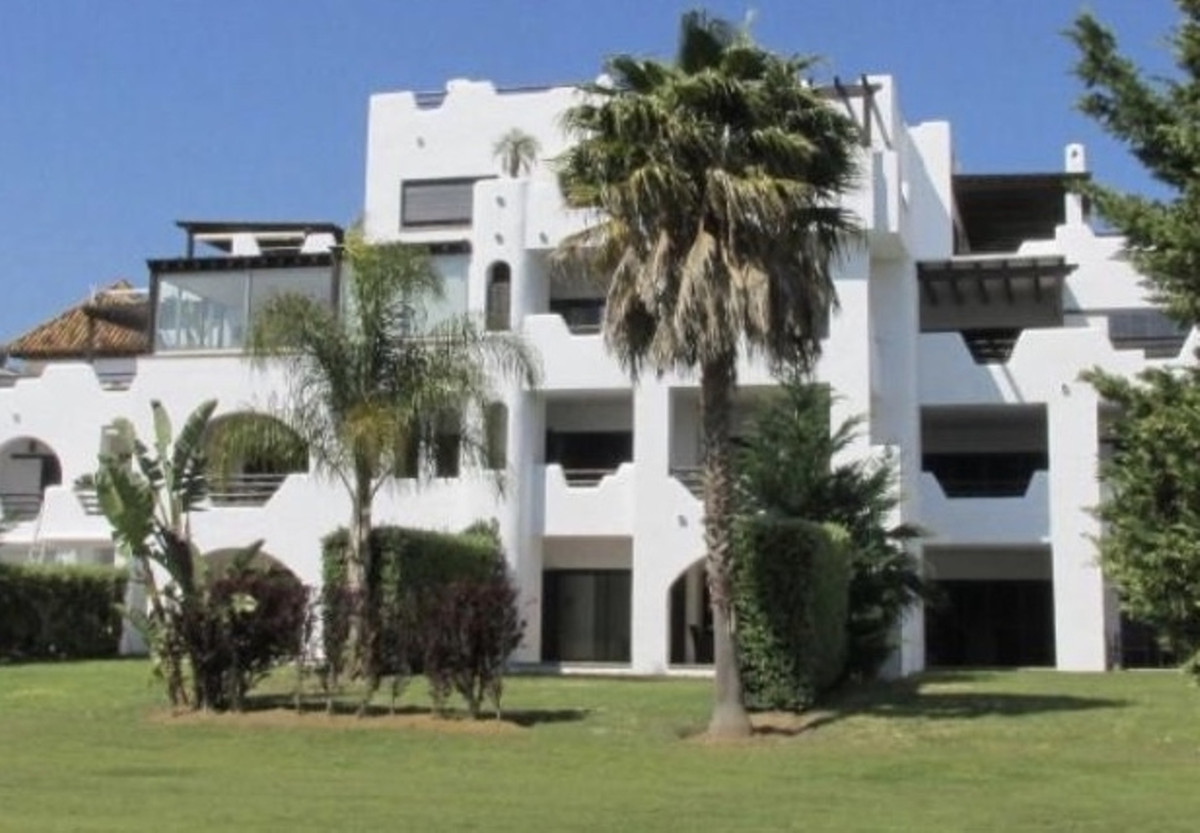 Beautiful ground-floor apartment in a prestigious location with marvellous view  Spectacular Ground ,Spain