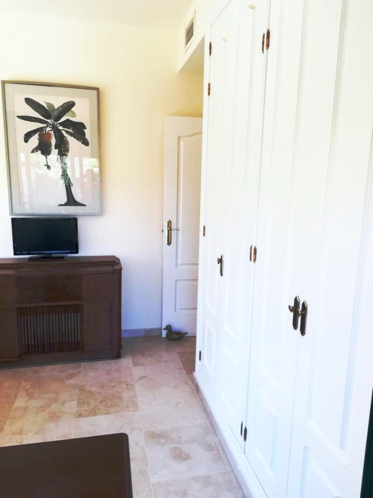 Apartment Middle Floor Benamara Málaga Costa del Sol R3909100 10