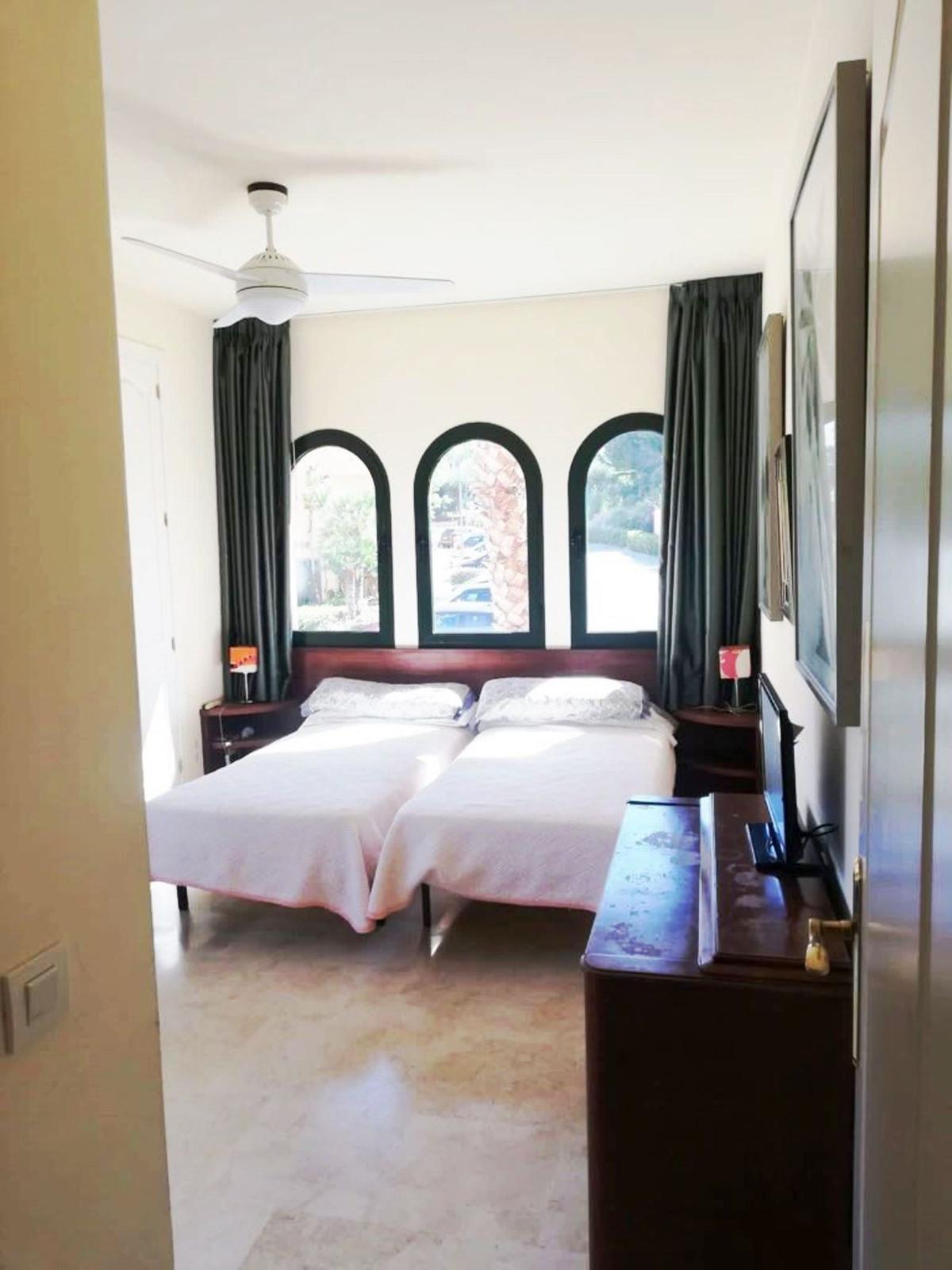 Apartment Middle Floor Benamara Málaga Costa del Sol R3909100 4