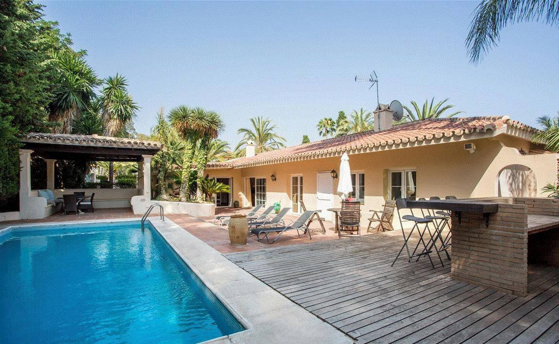 Lovely villa for sale and rent in Los Monteros Beach, Marbella, Costa del Sol. South to West facing ,Spain